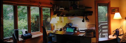A freelancer's office