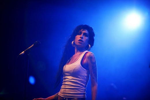 Amy Winehouse Performing in 2007