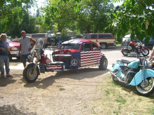 An incredible VW Bug made into a bike!  It was parked in Mom's driveway!!!