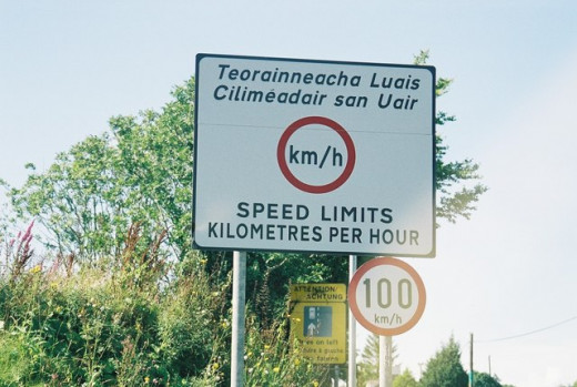 Republic of Ireland dual carraigeway speed limit is 100 km/h.