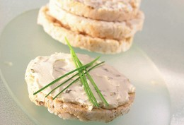 Rice cakes are healthy and very low calorie and gluten free