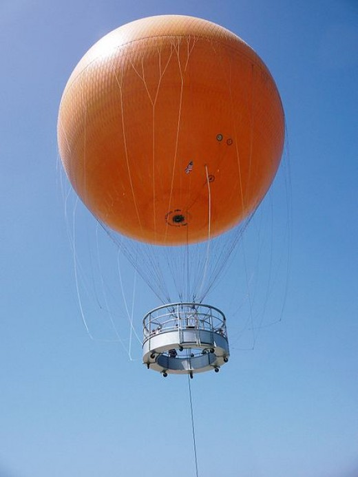 The Orange County Great Park Balloon in Irvine in Southern California was photographed in January 2009 by Aurophile SA, the French company which designed and built the balloon.
