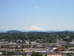 A view of Mt Hood, 11000-plus feet, from PDX, 60 miles away. Always cool.