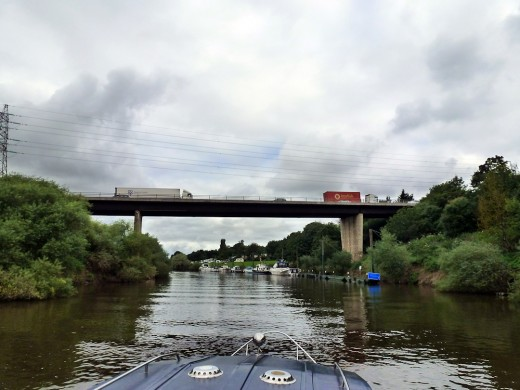 Approaching Worcester traffice - glad we're on the boat!