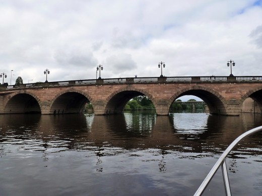 The main road traffic bridge through Worcester