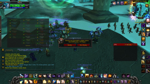 Raid leader doing a ready check in LFR