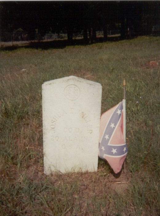 One of the graves of the many confederate soldiers buried in the cemetery.