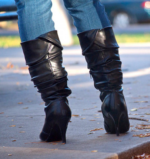 Pair slouch boots with skinny jeans to give slouch boots a classic feel.