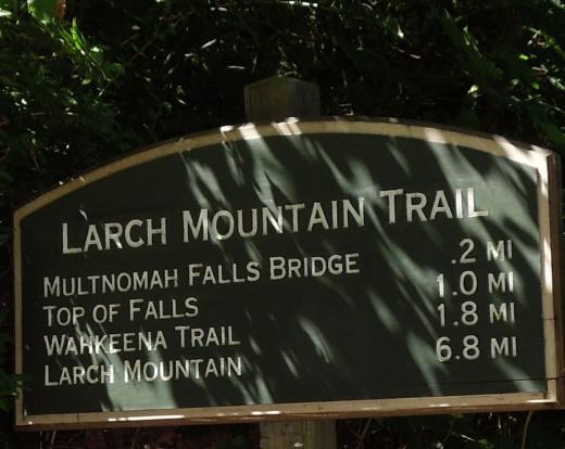 Multnomah Falls Walking Trail Sign