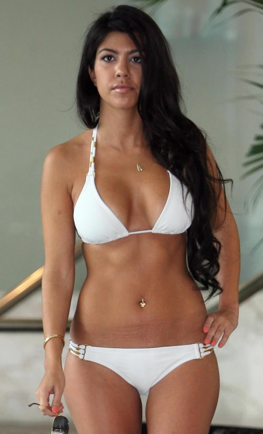 This is the first time that I set my eyes on the lovely Kourtney Kardashian.