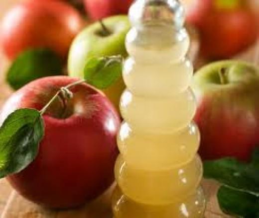 Apple cider vinegar for shiny hair