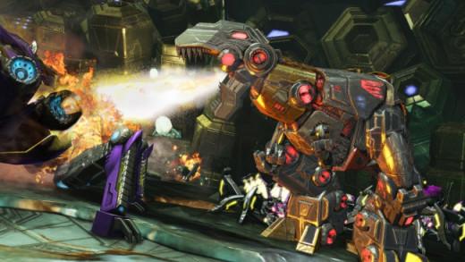 Grimlock attacking a Decepticon in Transformers: Fall of Cybertron