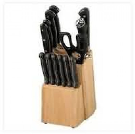 Standard Kitchen Knife Set