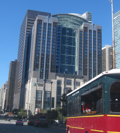 Strolling Through Chicago: A Review of the Embassy Suites Chicago - Downtown/Lakefront for Parents with Toddlers