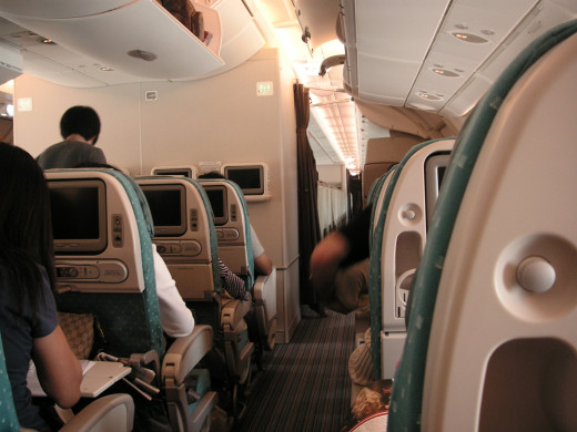 Economy seating on SQ's B777-300ER