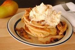 Recipe - Warm Pancakes with Caramelised Pears