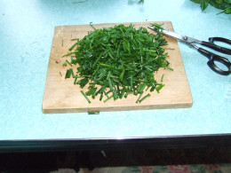 Washed and Cut up Chives.