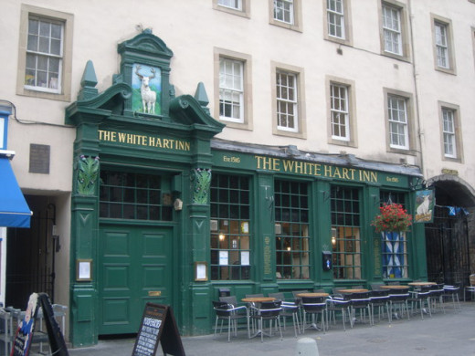 The White Hart Inn just off the Royal Mile may have convicted criminals as ghosts.
