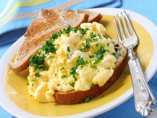 Spicy & Tangy Scrambled Eggs
