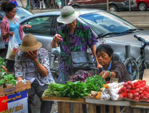 Chinese vendors along the Chinatown's sidewalks