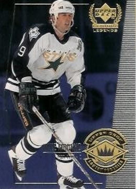 1999 Dallas Stars number 9 Mike Modano