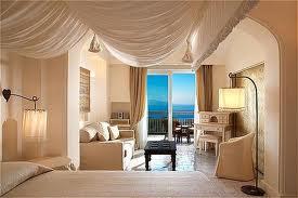 suite, lounge