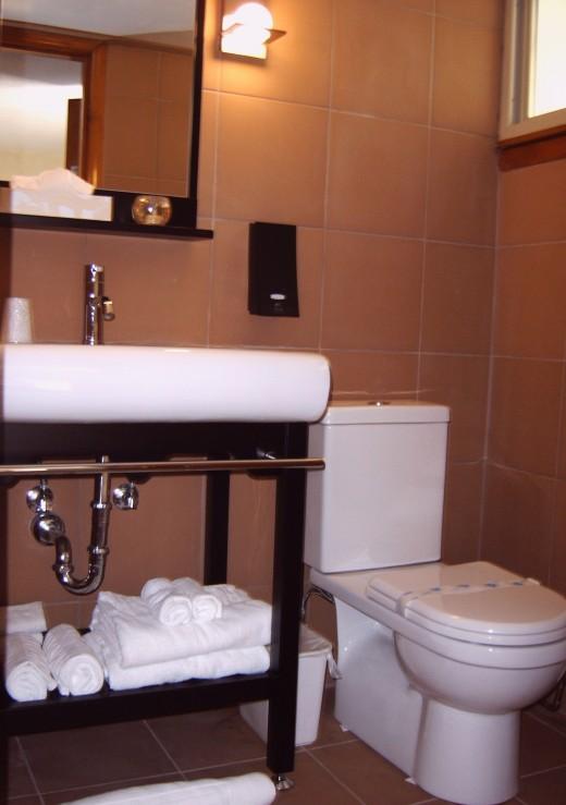 new/upgraded bathroom