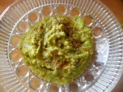 Easy Guacamole Recipe: Spicy Avocado Dip