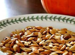 How to Toast Pumpkin Seeds