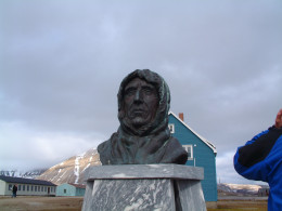 Monument to Roald Amundsen the Norweigian arctic explorer, taken in Ny Alsund, Svalbard.