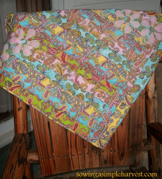 There are many online sites and blogs that offer endless creative ideas for quilters.