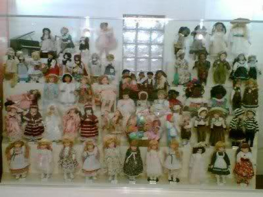 International Doll House