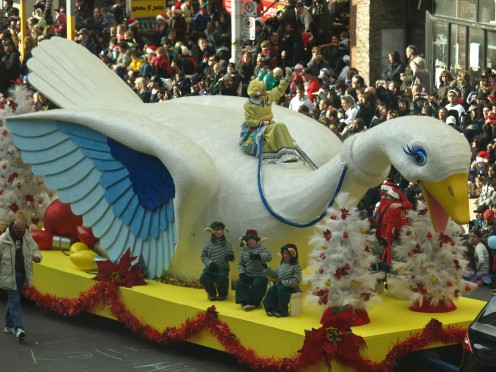 Mother Goose Float , photo by Keith Schengili-Roberts - 2011 Toronto Santa Claus Parade