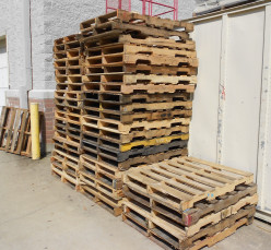 Pallets are everywhere!  Pallet recycling projects, pallet furniture and other pallet re-purposing are great ways to reduce the number of pallets going to land fills.
