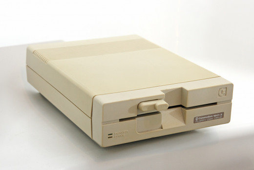 Commodore 1541-II - Disk Driver
