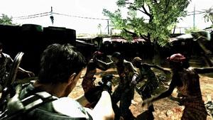 Chris fighting off Majini in Resident Evil 5