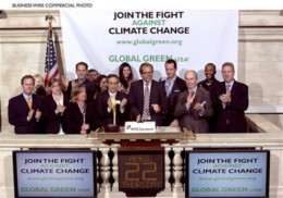 This photo is a depiction leaders who have pledged to find a solution to global warming.