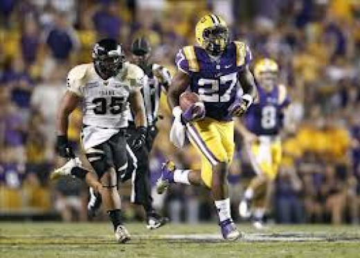 RB Kenny Hilliard (LSU)