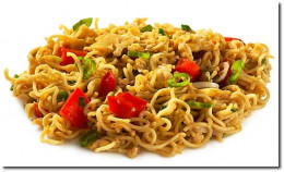 Fried noodles with egg and lots of goodies.