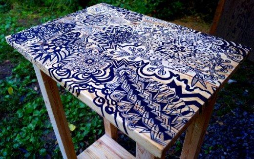 Here's the finished tabletop with all the Sharpie art.