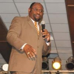 A Practical Guide to Effective Public Speaking│Dr. Myles Munroe and Donald Trump Case
