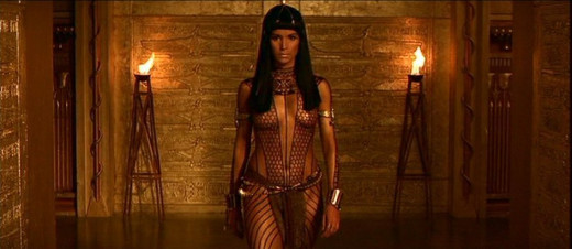 Patricia Velasquez in The Mummy (1999)
