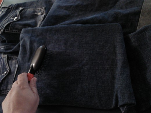 Here's how to break in a new pair of jeans using things you have around home!  The second method I use is brushing. When brushing the denim, brush both up and down AND side to side.  This takes out the stiffness and leaves a softer jean behind!