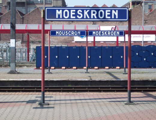 Mouscron / Moeskroen Station