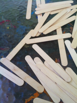 How to Create An Easy Popsicle Stick Puzzle for Toddlers