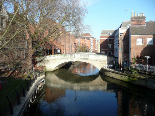 High Bridge over the Kennet and Avon Canal in Reading
