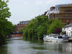 The Kennet River, Reading, looking upstream towards the town centre.