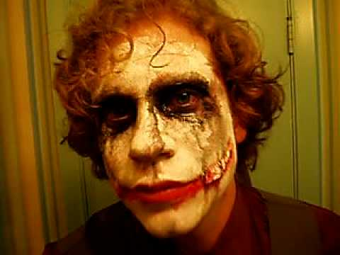 EVERYONE LOVES THE JOKER AND ALL OF THE BAD DREAMS THIS FACE MAKE UP CONTRIBUTES TOO! HA