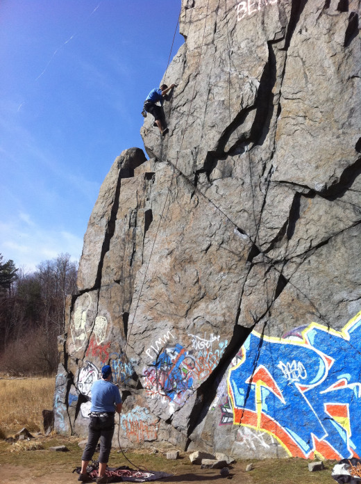 Top roping Outside Corner, 5.8, at K-Wall. Quincy Quarries, Quincy.