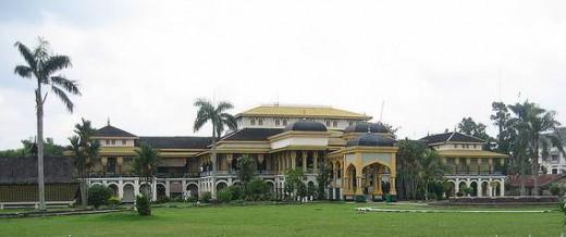 The Maimoon Palace.